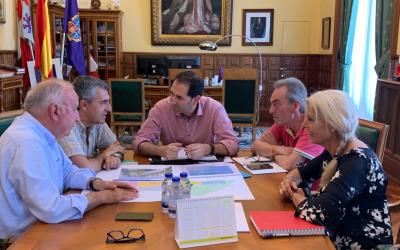 Visita al Alcalde de Palencia D. Mario Simón