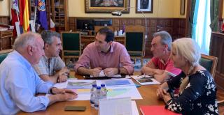 Los socios del Cohousing visitan al Visita al Alcalde de Palencia D. Mario Simón